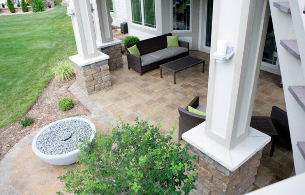 Dansville Beige Patio with Mega Stone Border